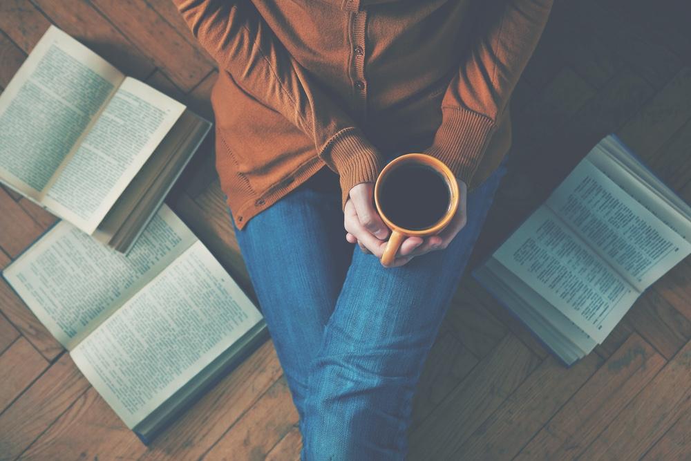 read-books-coffee-woman