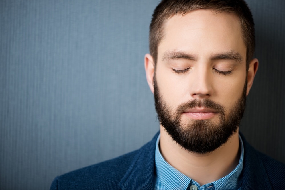 hypnosis test man under hypnosi