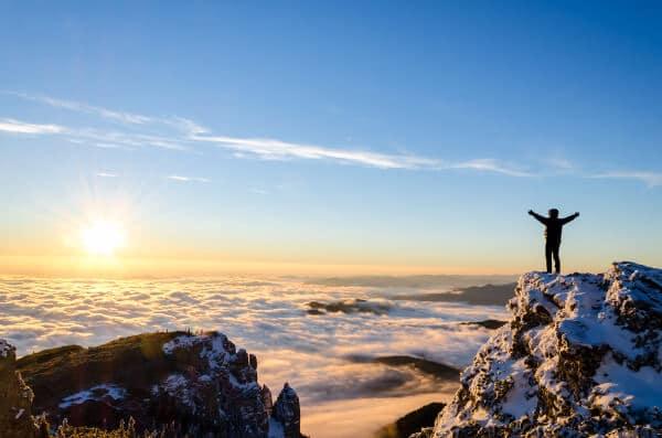 mountain happy joy amazin feeling good achievement sky sunset metaphors for hypnotherapy